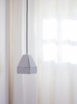 Dashed Light door Léon de Lange