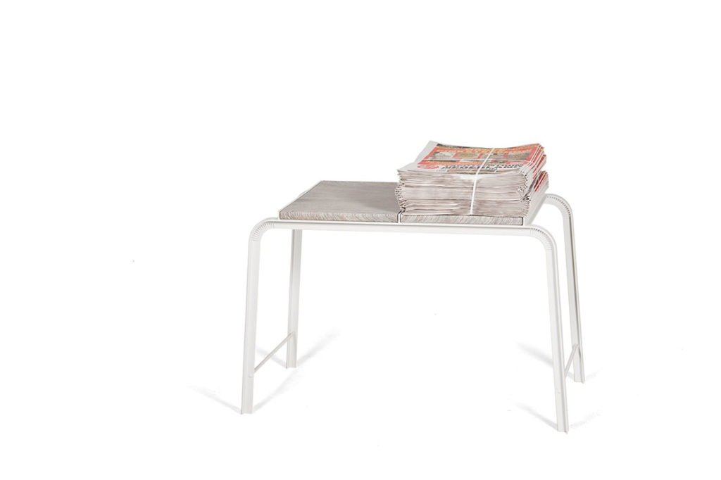 vij5 tabloid tables sidetable 01 2012 image by vij5