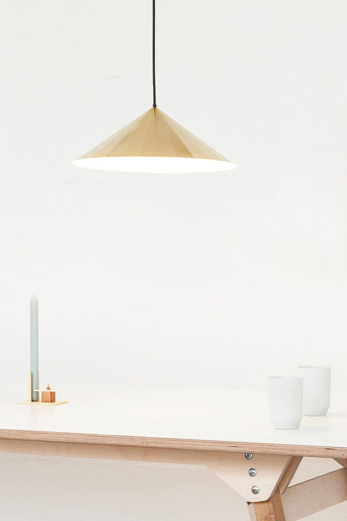 vij5 brass light bl28 led by david derksen 2019 image by vij5 setting 2