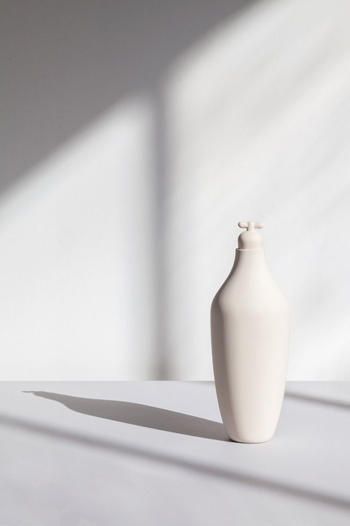 tap water carafe by lotte de raadt setting image by vij5 white 02