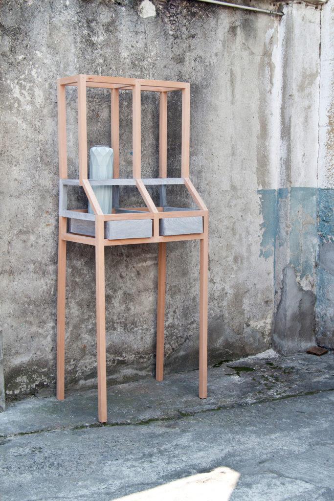 vij5 newspaperwood displaycabinet 1 1